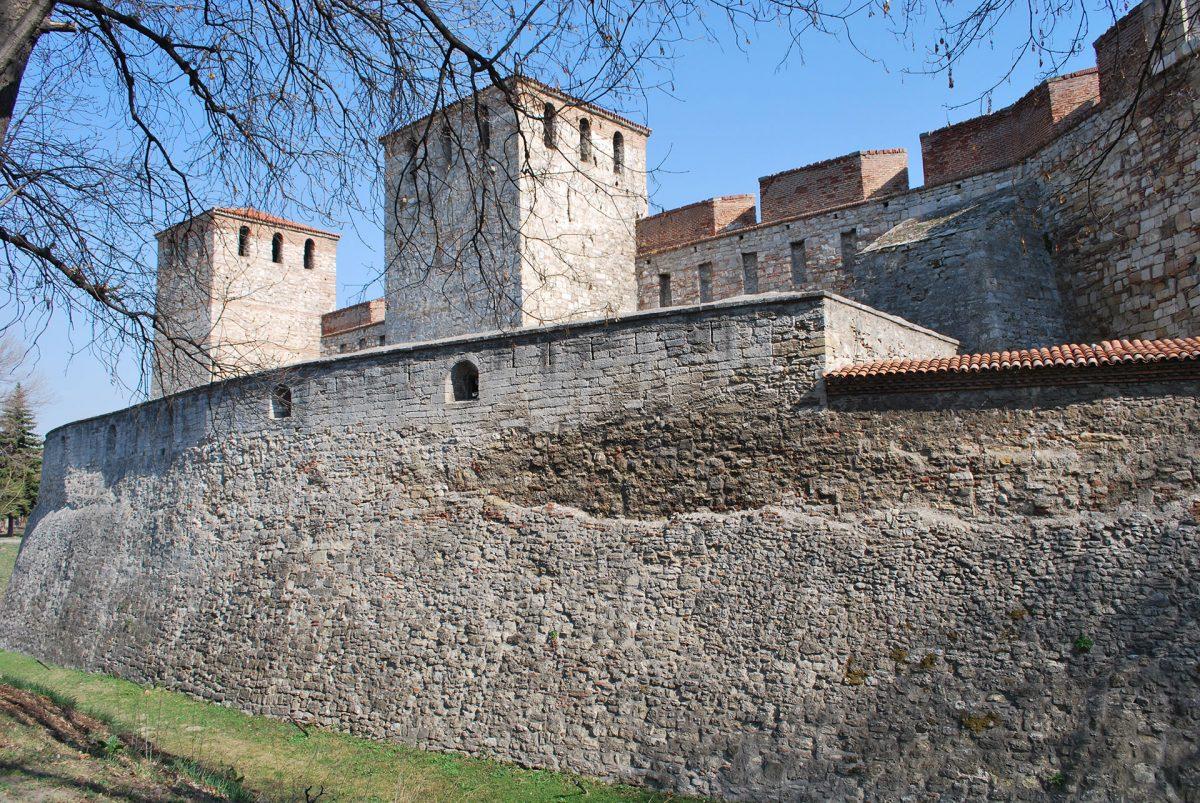 Mediaeval-Bulgarian-Fortress-Baba-Vida