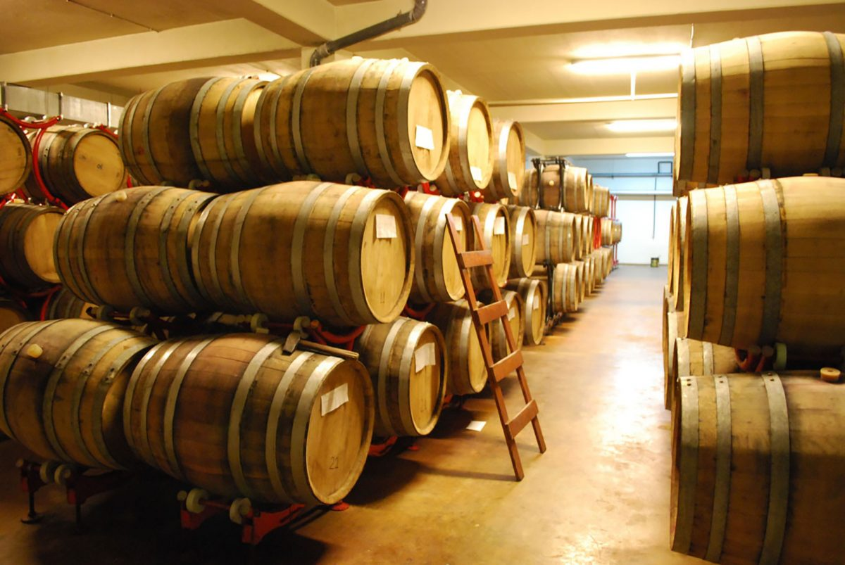 Zagreus-Winery-barrels